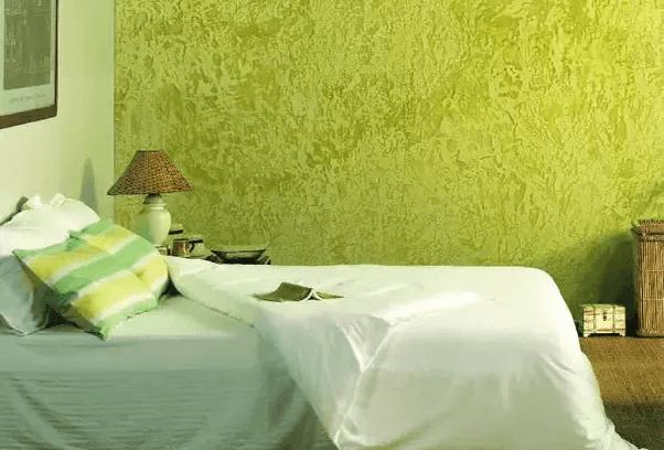 эффект покраски шелкографии в спальне