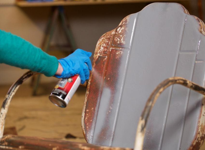 Окрашивание спрей краской по металлу