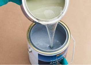 разбавляем водой акриловую краску