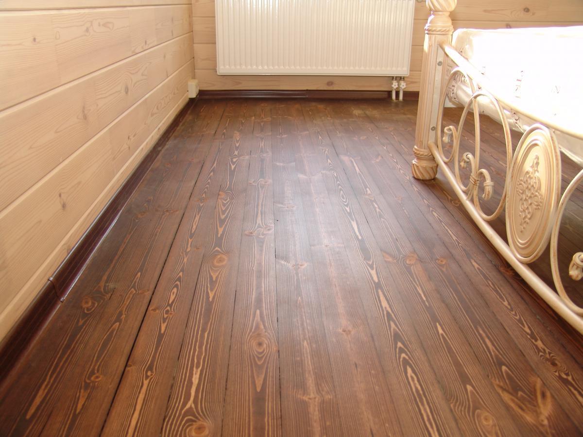 деревянный пол в доме можно покрыть воском