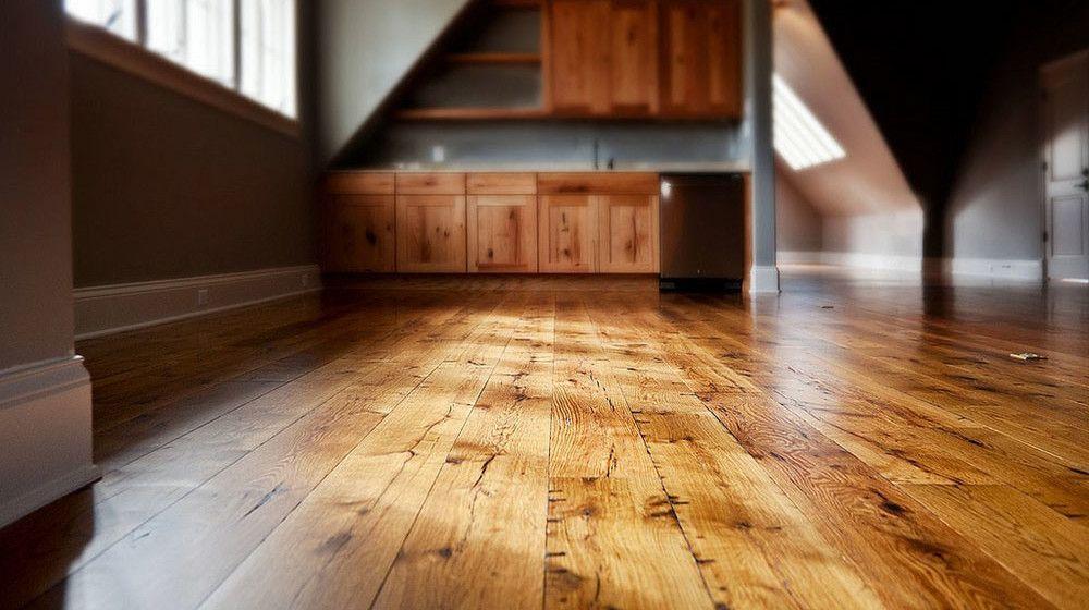 Выбор покрытия для деревянного пола в доме