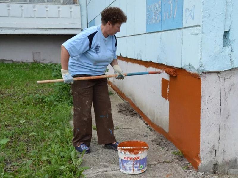 Окраска цоколя фундамента дома