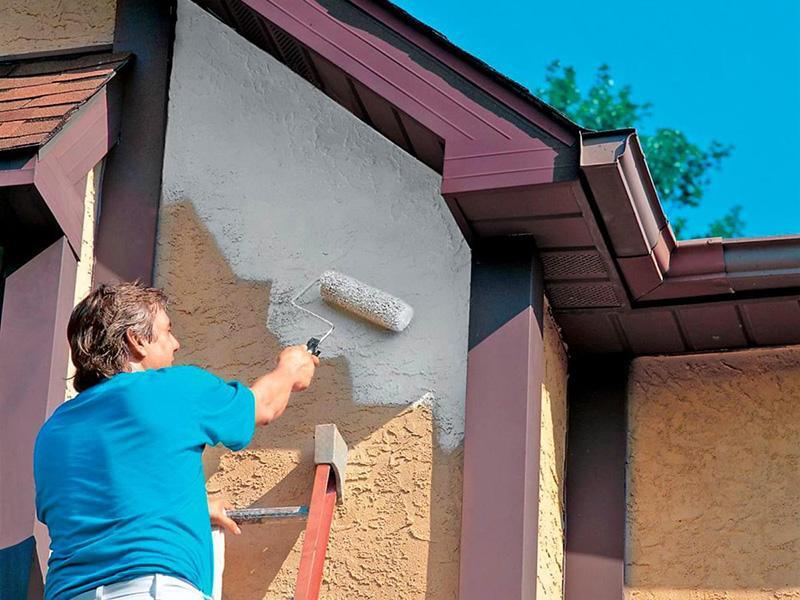 Покраска стен дома снаружи