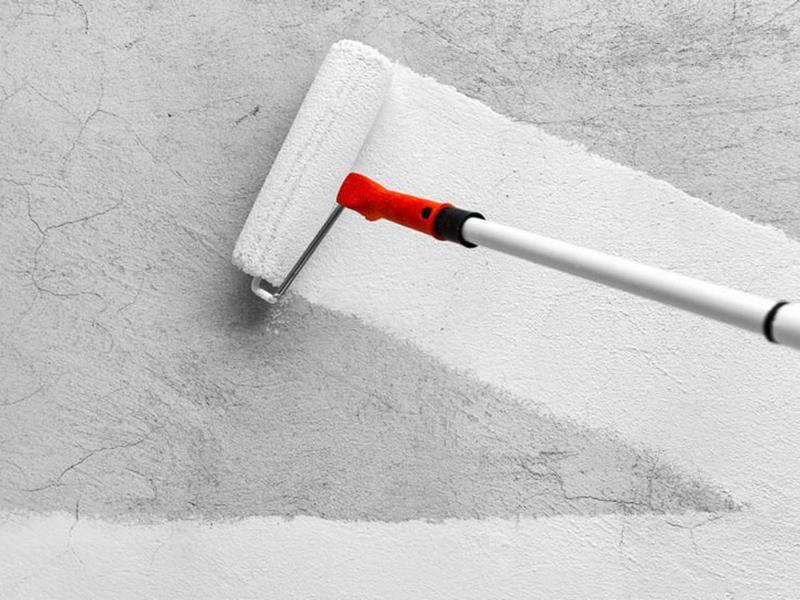 Грунтовка стен после шпаклевки