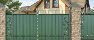 Крашенные металлические ворота