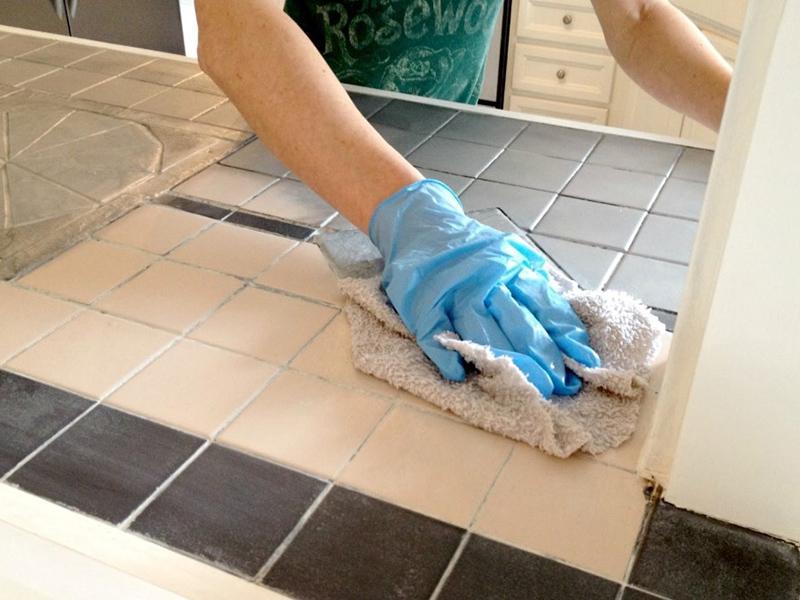 Окрашивание кафельной плитки